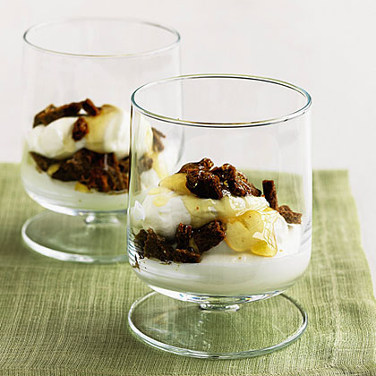 Yogurt Parfait With Crumbled Gingersnaps and Honey