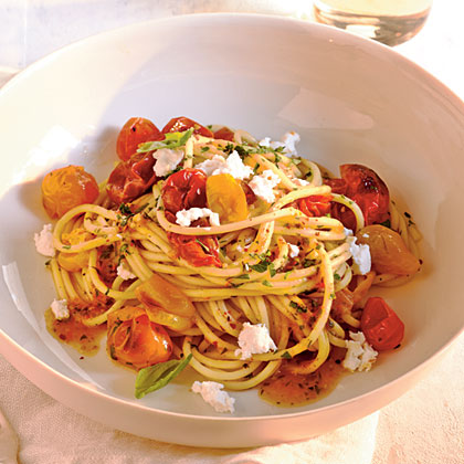 Quick-Roasted Cherry Tomato Sauce with SpaghettiRecipe