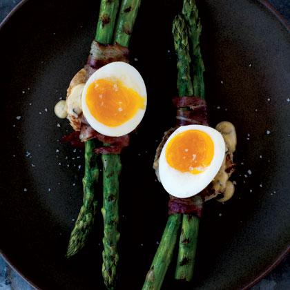 grilled-asparagus-6-minute-egg