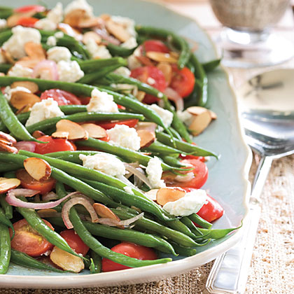 Green Beans with Goat Cheese, Tomatoes, and AlmondsRecipe