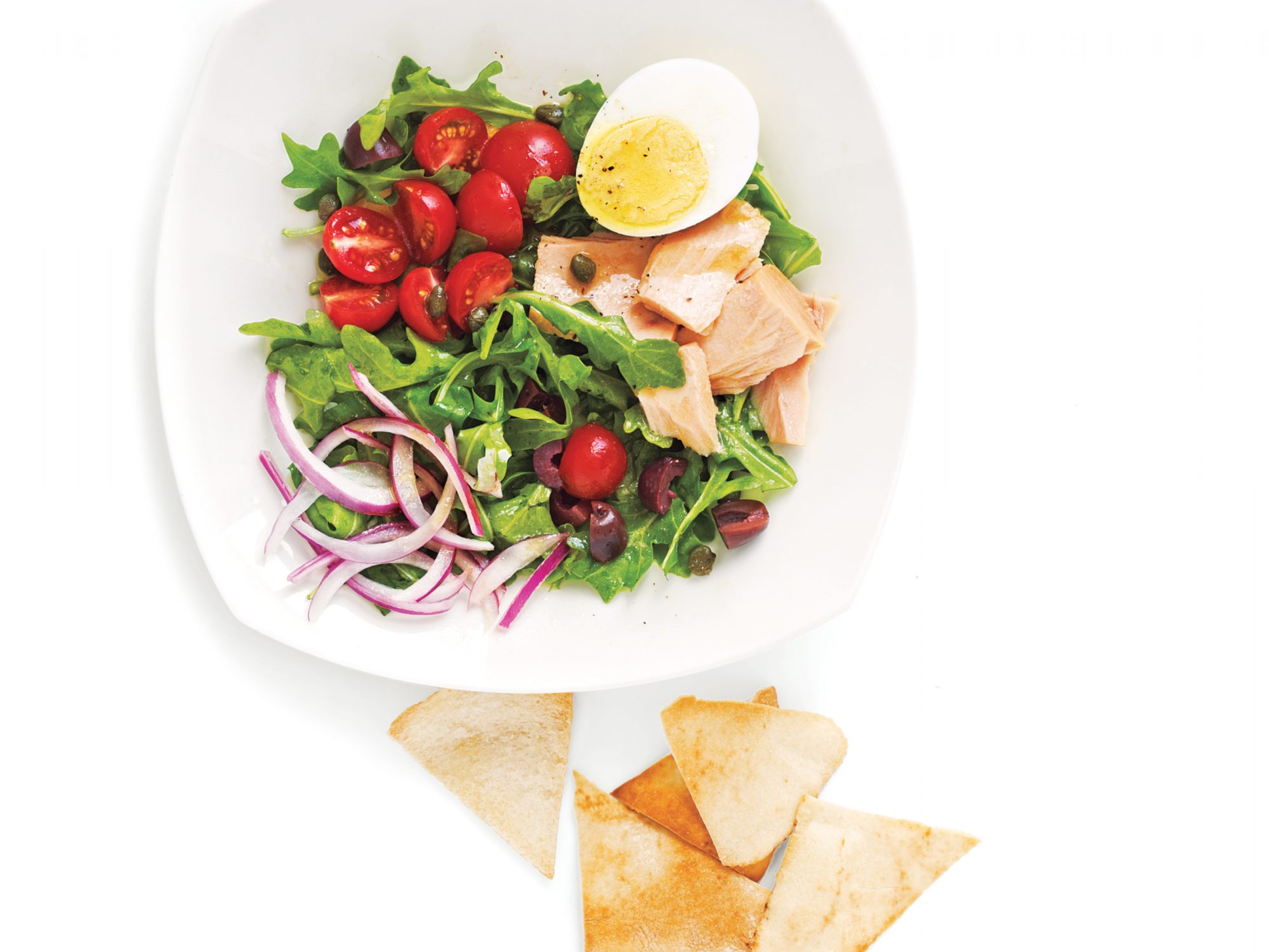 Tuna, Arugula, and Egg Salad with Pita Chips