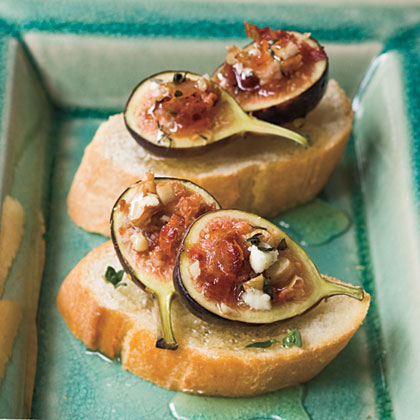 Baked Fig Crostini