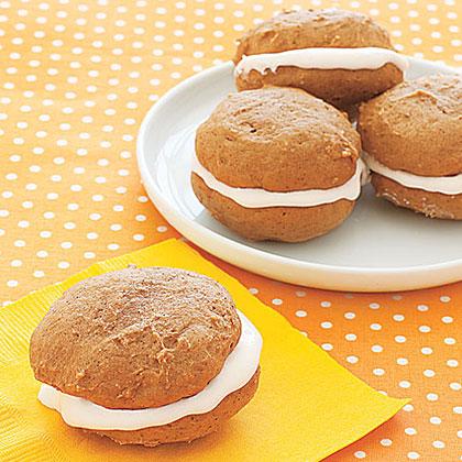 Gingersnap Whoopie Pies Recipe