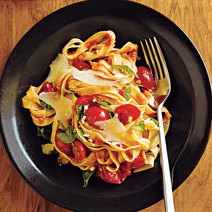 Pasta with Fresh Tomato-Basil Sauce Recipe MyRecipes