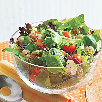 Tossed Salad with Mushrooms
