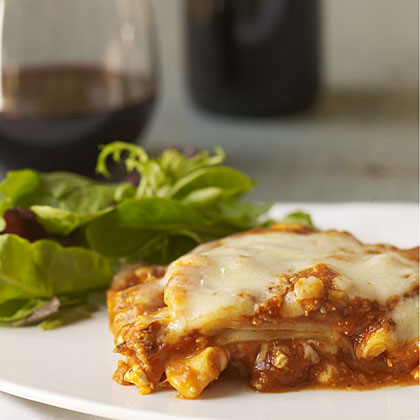 Stouffer's Lasagna with 2008 Tormaresca Neprica.
