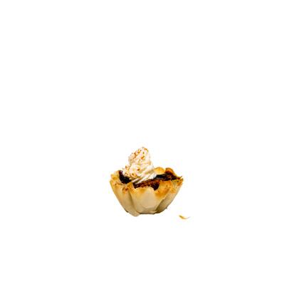 <p>Mini Chocolate Cream Pies</p>