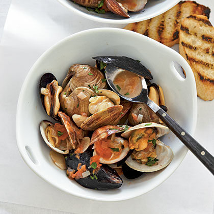 Smoky Mussels and Clams with White Wine Broth Recipe