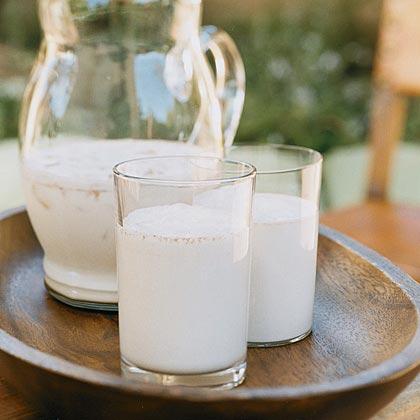 Cinnamon-scented Rice Milk Recipe