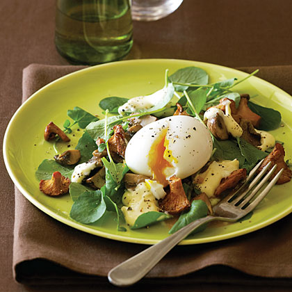 Mushroom and Soft-Cooked Egg Salad with Hollandaise