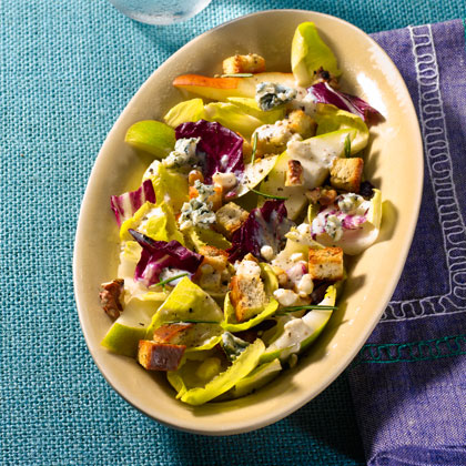 <p>Endive, Pear, and Blue Cheese Salad</p>