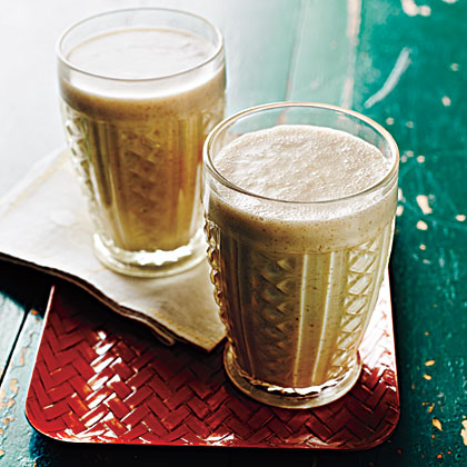 <p>Peanut Butter, Banana, and Flax Smoothies</p>