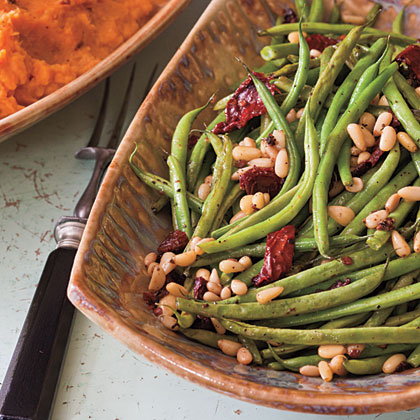 Roasted Green Beans with Sun-dried Tomatoes Recipe