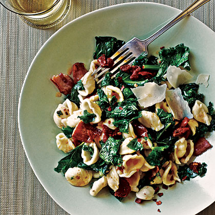 Orecchiette with Kale, Bacon, and Sun-Dried Tomatoes Recipe