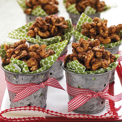 Spiced Christmas Cashews