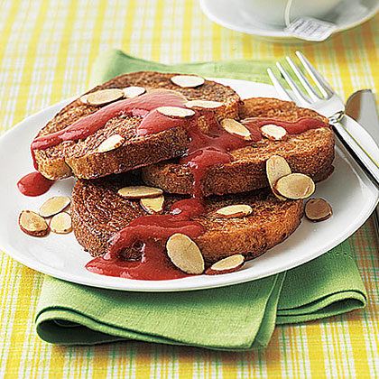 French Toast with Maple-Strawberry Sauce