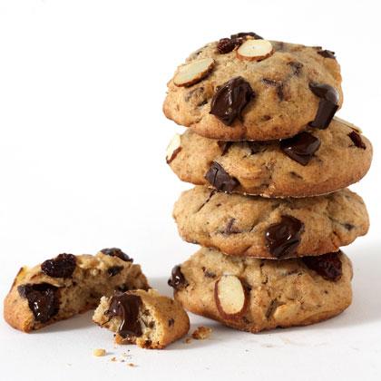 <p>Light Chocolate Chunk Cookies</p>