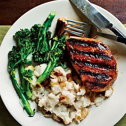 Smoky Pan-Grilled Pork Chops