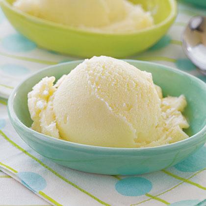 Banana-Mango Frozen Yogurt