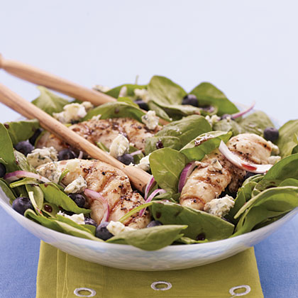 Chicken, Spinach, and Blueberry Salad with Pomegranate Vinaigrette
