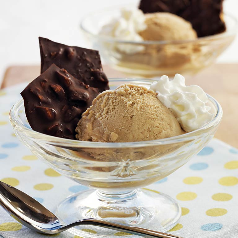 Coffee Ice-Cream Sundae with Dark Chocolate-Sea Salt Almond Bark