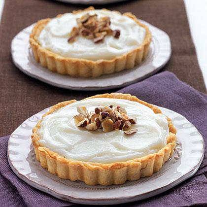 White-Chocolate-Hazelnut Tarts