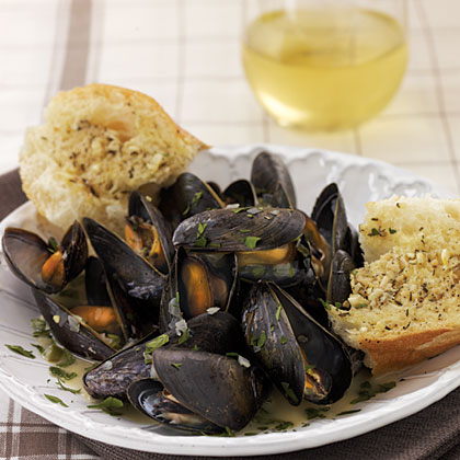 White Wine—Steamed Mussels Recipe