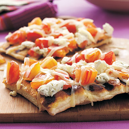 Grilled Heirloom Tomato and Goat Cheese Pizza Recipe