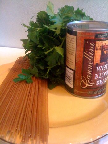 Pantry Dinner: Spaghetti with Tuna & White Beans