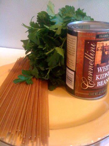 Pantry Dinner: Spaghetti with Tuna & White Beans