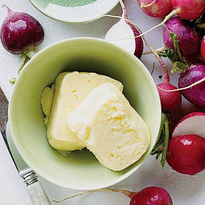 Fresh Homemade Butter (and Buttermilk)Recipe