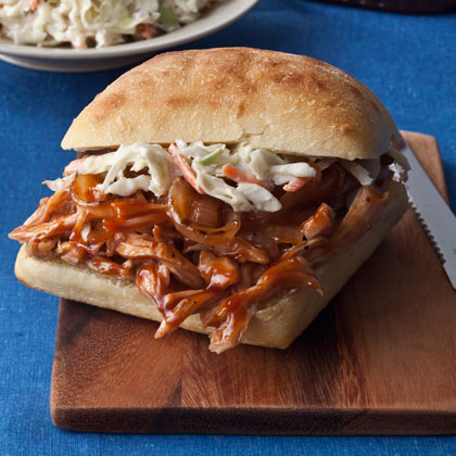 These healthy barbecue chicken sandwiches are ready in only 35 minutes and have 12 grams of fat per serving--a good bit lower than a traditional barbecue pork sandwich.BBQ Chicken Sandwiches