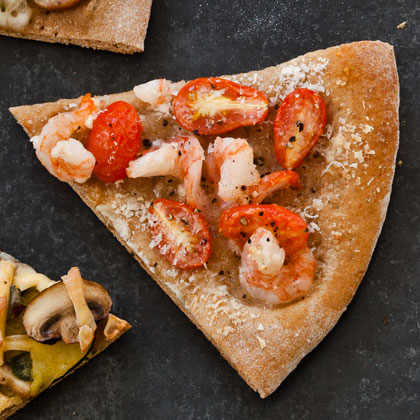 <p>Shrimp and Garlic Pizza</p>