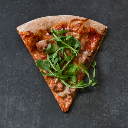 <p>Spicy Turkey Sausage Pizza</p>