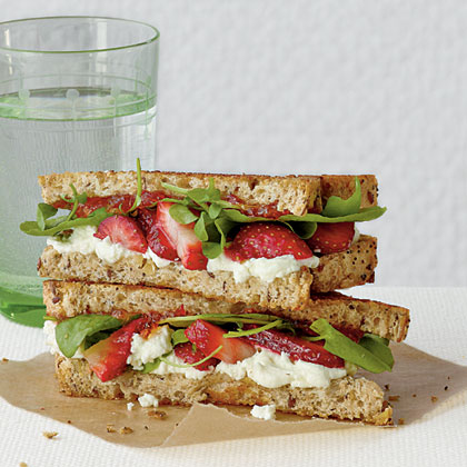 Goat Cheese and Strawberry Grilled Cheese Recipe