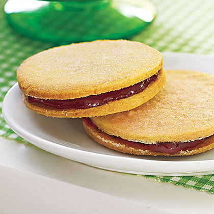Raspberry Sandwich Cookies Recipe
