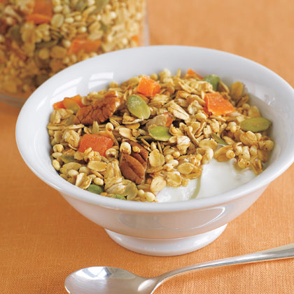 Granola with Pecans, Pumpkin Seeds and Dried Mango