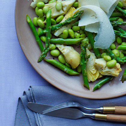 <p>Artichoke, Edamame, and Asparagus Salad</p>