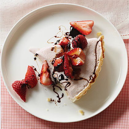 Strawberry Frozen Yogurt with Balsamic Syrup
