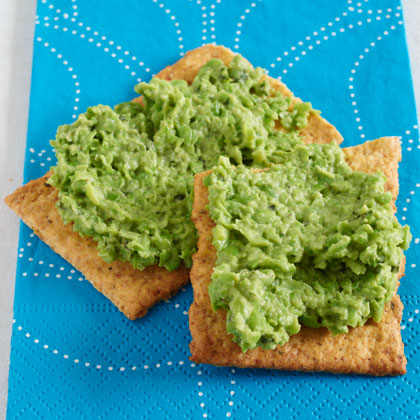 <p>Mint-and-Pea Hummus on Flatbread</p>