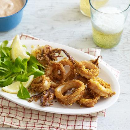 <p>Tortilla-Chip-Crusted Calamari With Chili-Yogurt Sauce</p>