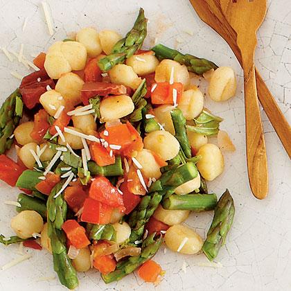 Fresh Tomato-and-Asparagus Gnocchi