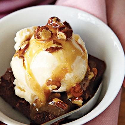 Chocolate Turtle Brownie Sundaes