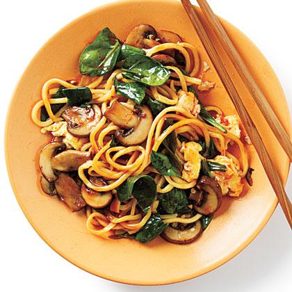 Stir-Fried Chinese Egg Noodles