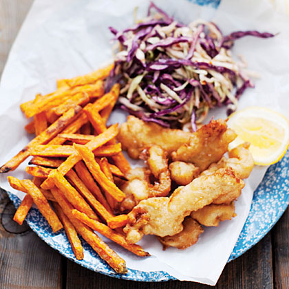 Beer-Battered Razor Clams RecipeAmong the world's sweetest, most flavorful clams, razors shine in just about any preparation, and deep-frying in beer batter remains a Northwest tradition. Add zing with spices and lemon zest—and make sure to use a simple lager, since more complex microbrews can overwhelm the flavor.