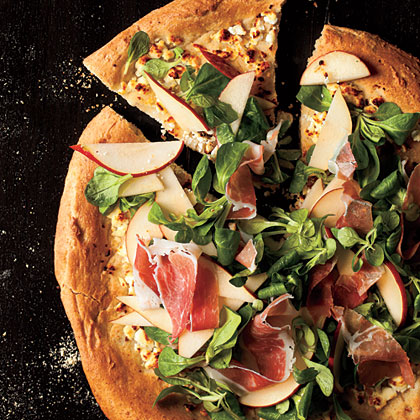 Honey-Wheat Pizza with Pear-Prosciutto Salad