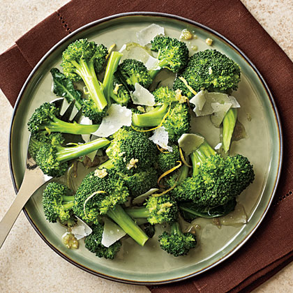 Simple, high-quality ingredients such as fresh Parmesan and exta-virgin olive oil make the difference in this easy brocooli side dish.Lemon-Parmesan Broccoli Recipe