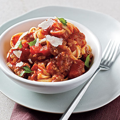 Linguine with Easy Meat Sauce