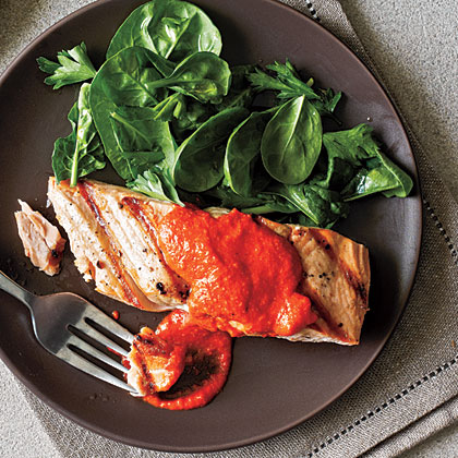 <p>Salmon with Red Pepper Pesto</p>