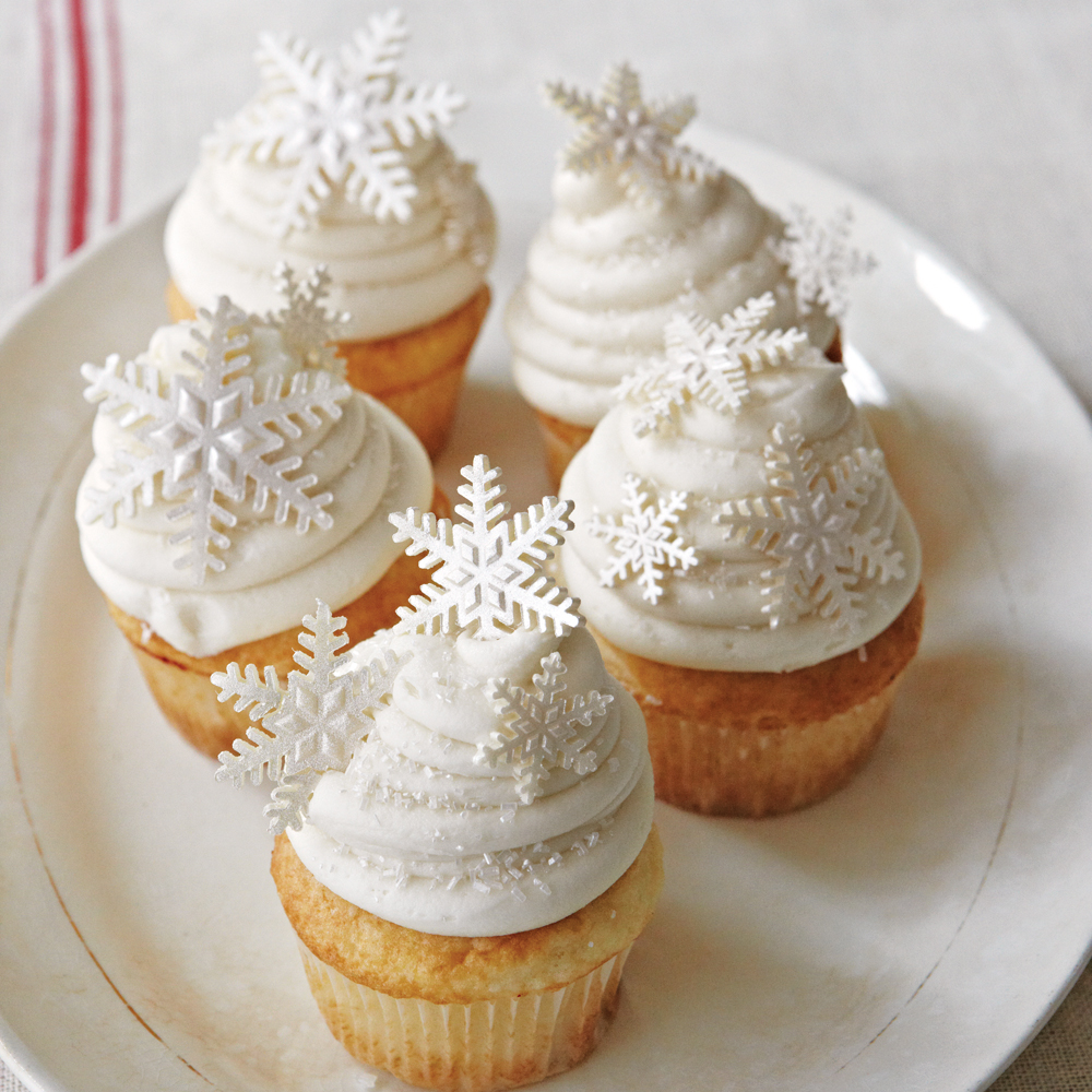white christmas cupcakes recipe myrecipes - Christmas Cupcakes